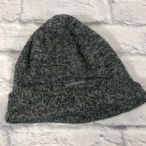 Billabong knit hat